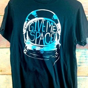 Boys Old Navy Sz L (10-12) Give Me Space Shirt